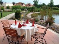 Airport Hotel in Vecses - teracce and garden of Hotel Stacio