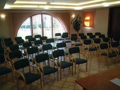 Conference- and eventrooms in Airport Hotel Stacio in Vecses - Airport Hotel Stáció**** Vecsés - discount hotel close to Budapest Airport