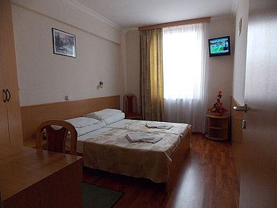 Cheap hotel in Budapest - Hotel Zuglo - apartment in Budapest - Hotel Zuglo*** Budapest - Hotel in the green belt of Budapest