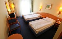 Triple room of Hotel Sissi - 3-star hotel in the downtown of Budapest